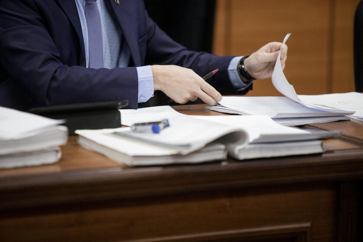 חקירה ראשית: מעבר מכתיבת תצהיר לעדות בבית המשפט